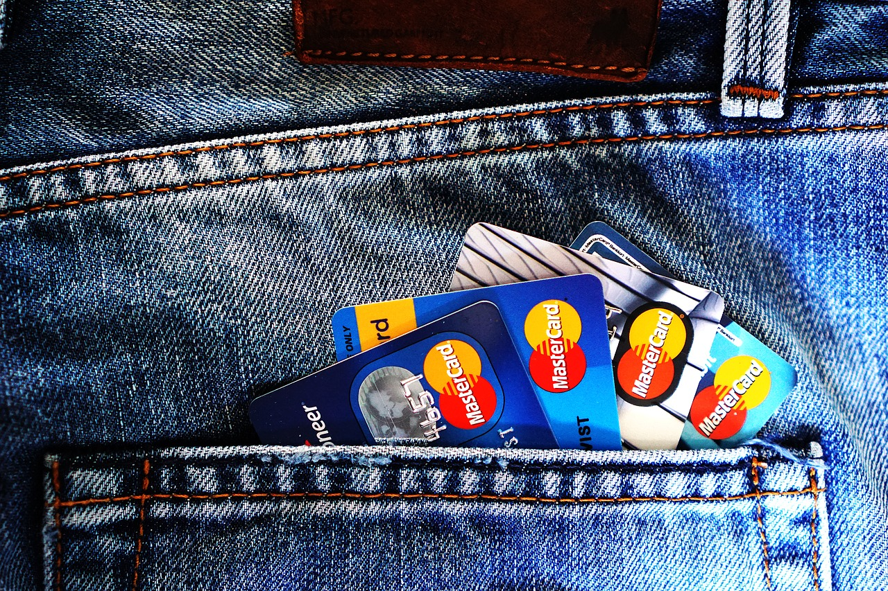 7 Easy Ways to Increase Your Credit Score